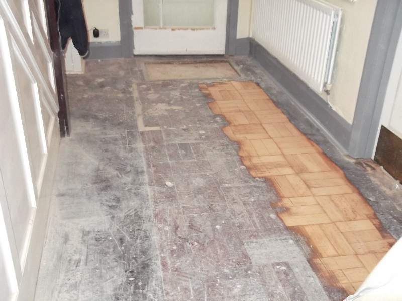 parquet-wood-flooring-hall-before-6